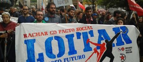 [Imaxes e video] Loitar polo noso futuro o 1º de Maio